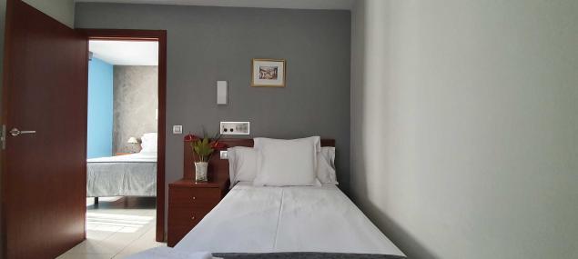 Room single bed Hotel Les 7 Claus Andorra