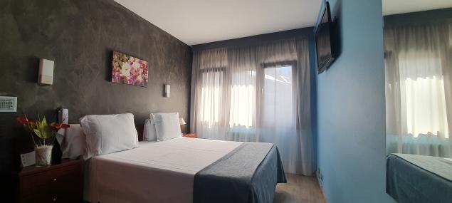 Chambre triple composé de un lit double plus un lit simple